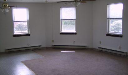 183 Williams Street Apartment 301 living area