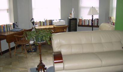183 Williams Street Apartment 204 living room
