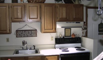 461 Williams Street Apartment K kitchen